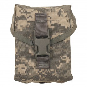 "US Army Tasche, ""FIRST AID"", ""MOLLE"", AT-digital, neuwertig"