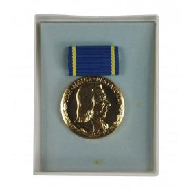 DDR Pestalozzi-Medaille für treue Dienste Goldstufe