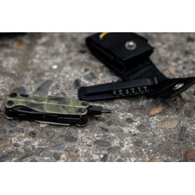 Leatherman Charge® plus Forest Camo