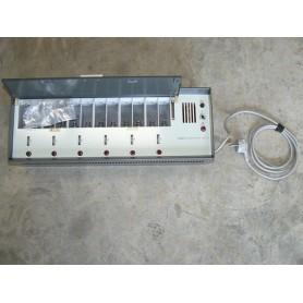 NVA Batterieladegerät für Funksprechgerät UFT 721, neu