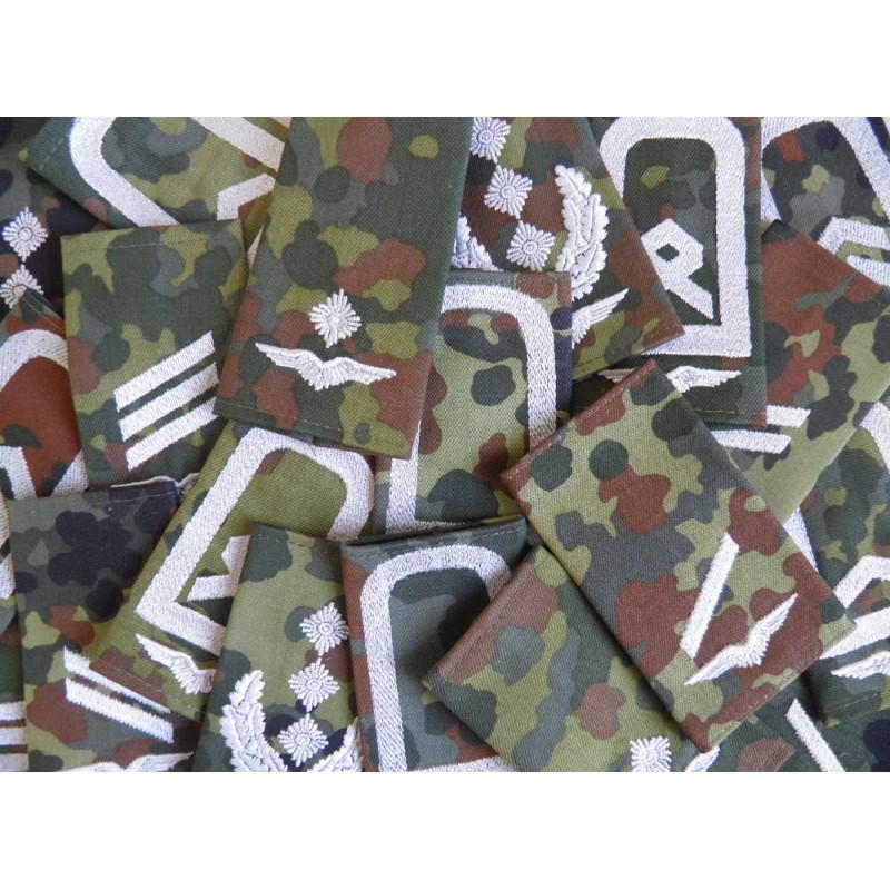 Bundeswehr Rangschlaufen LW schwarz auf Tarn Major 1 paar